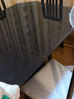 extendable lacquered table and 6 chairs for Sale in Brooklyn,  NY