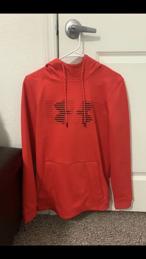 Under armour hoodie small for Sale in Dundee, FL