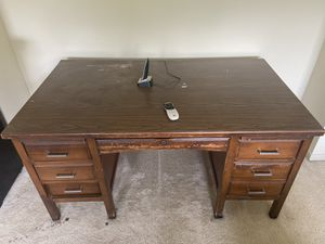 Antique desk for Sale in Houston, TX