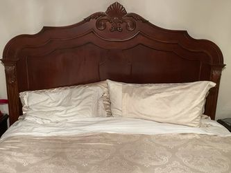 Ethan Allen Cal King Bedroom Set for Sale in Bothell,  WA