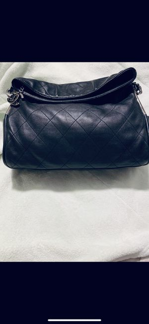 Gorgeous CHANEL bag for Sale in Whittier, CA