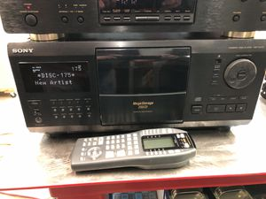 MARANTZ PROCESSOR AND TUNER & 200 disc player for Sale in Huffman, TX