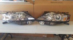 2010-2012 LEXUS RX 350 HEADLIGHT BOTH SIDES WITH BULBS OEM PARTS for Sale in Chandler, AZ