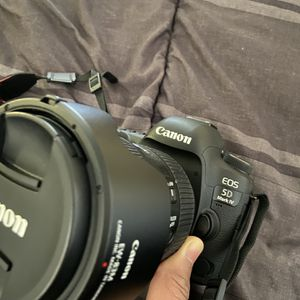 Canon 5D Mark IV With Lenses and Accessories for Sale in Long Beach, CA