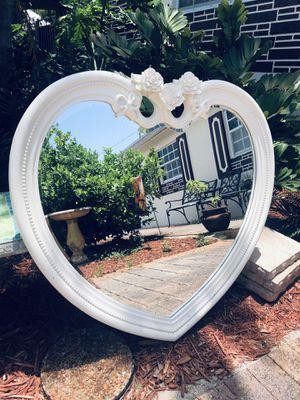 Disney Princess sleigh bed 6 piece set for Sale in Hialeah, FL