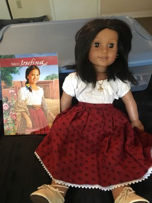American girl dolls plus accessories for Sale in Tampa, FL