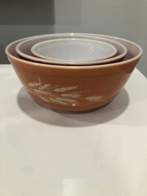 Vintage Autumn Wheat Pyrex for Sale in Coral Springs, FL