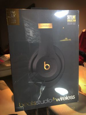 Beats Studio 3 SKYLINE COLLECTION for Sale in Margate, FL