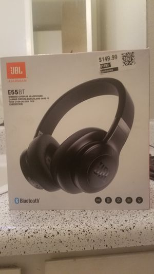 JBL WIRELESS HEADPHONES NEVER BEEN USED willing to trade for Sale in Pasadena, TX