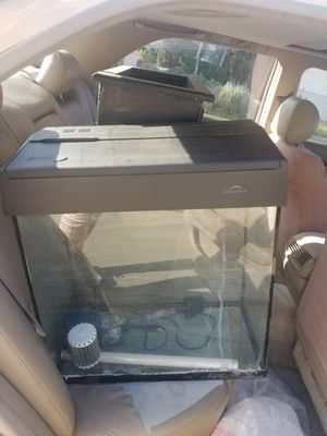 Free 15 gallon Fish Tank w/filter, light & Stand for Sale in San Diego, CA