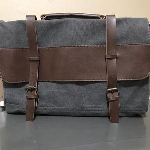 Messenger bag for Sale in Redlands, CA