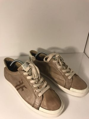 Frye Dylan Low Top Distressed Leather Sneaker Size 9.5 for Sale in Austin, TX