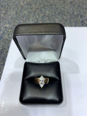 14 KT YG Marquee Engagement Ring for Sale in Burlington, NC