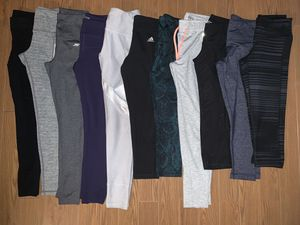 Woman's Juniors Legging Athletic Lot Size SMALL Perfect Condition for Sale in Glendale, AZ