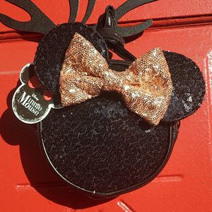 Minnie Mouse Sequin Side Bag for Sale in Tampa, FL
