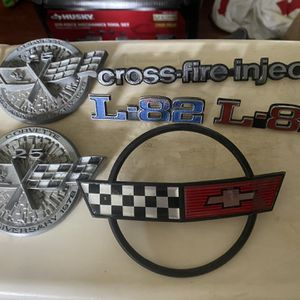 Chevy Corvette 25th Anniversary Car Emblems Oem for Sale in Fieldsboro, NJ