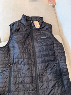 Patagonia women's L size for Sale in SeaTac, WA