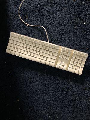 Apple keyboard MODEL A1048 for Sale in Galt, CA