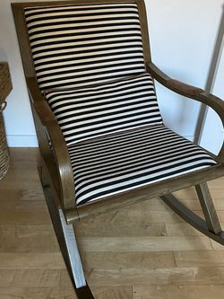 Crate And Barrel Rocking Chair for Sale in Redondo Beach,  CA