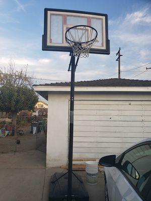 Basketball hoop for Sale in Covina, CA