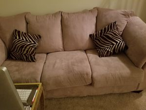 2 couches in good condition for Sale in Alpha, NJ