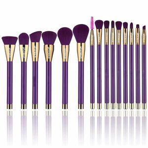 15 pcs LA Makeup collection makeup brush set. purple color full face makeup brush set for Sale in Los Angeles, CA