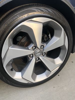 Rims and tires 19x8 5x114 for Honda acord Civic crv odyssey for Sale in Santa Ana, CA