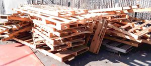 FREE RECYCLABLE PALLET/SKID WOOD for Sale in Santa Fe Springs, CA