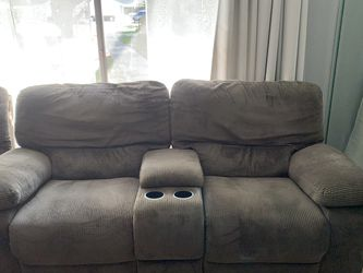 3 Piece Sectional Couch for Sale in Lake Forest,  CA