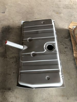 New fuel tank for 1970-1973 camaro for Sale in Bethel, PA