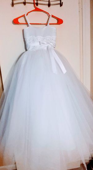Flower Girl / First Communion Dress. XS for Sale in Hanover Park, IL