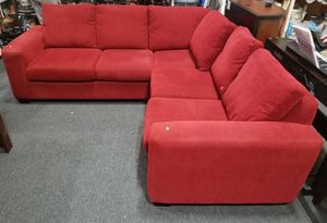 Very Comfortable Red Sectional / Sofa / Couch - Delivery Available for Sale in Parkland, WA