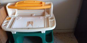 Kid desk for Sale in Peoria, AZ