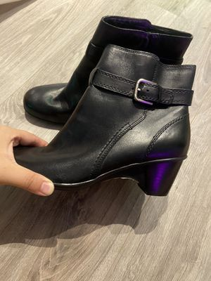 BRAND NEW black boots size 7.5 women for Sale in New Brunswick, NJ