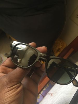 Ray bans polarized for Sale in Brooklyn Park, MD