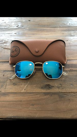 hexagonal flats sunglasses for Sale in Los Angeles, CA