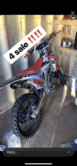 Dirt bike 450 for Sale in Los Angeles, CA