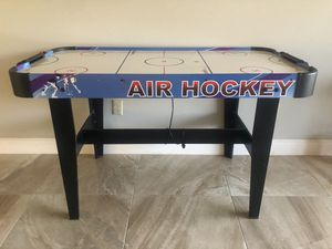 Air Hockey Table (needs a new fan) for Sale in FL, US