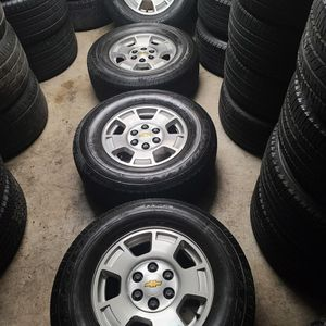 "Wheels And Tires P 265/70r17"" 6 Lug Silverado Yukon Suburban Gmc Escalade Avalanche 6x5,5 Or 6x139,7 for Sale in Riverside, CA"
