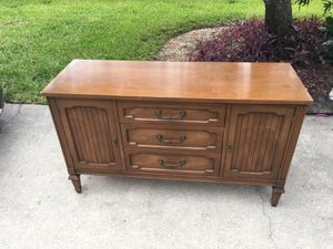 "Buffet table 50""W x 17"" D x 29.25"" H for Sale in St. Petersburg, FL"