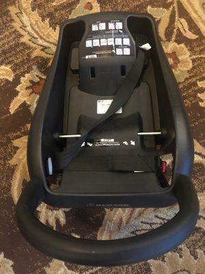 Car seat base for Sale in Lemon Grove, CA