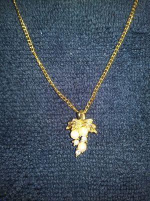 Goldtone pearl crystal necklace for Sale in Denver, CO