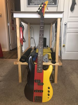 Gibson 4 String Electric Bass guitar for Sale in Naperville, IL