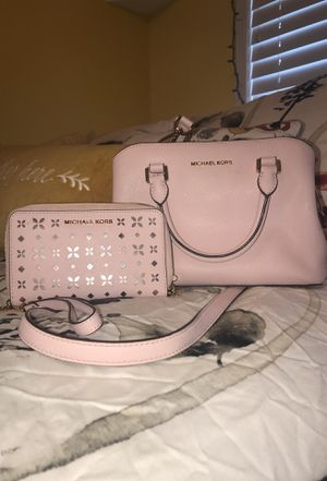 Michael Kors bag and wallet for Sale in Cypress, CA