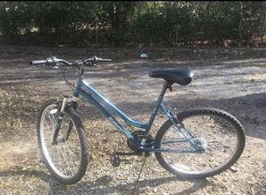 Roadmaster mountain bike for Sale in Hendersonville, TN