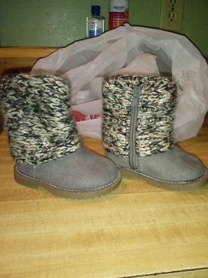Girls cute boots size 3 for Sale in Easton, MA
