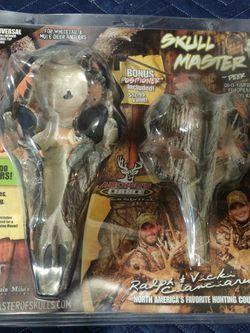 Skull Master Antler Mount Kit for Sale in Sacramento,  CA