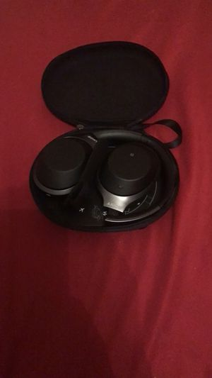 Sony WH-1000XM2 Bluetooth Headphones for Sale in Knoxville, TN
