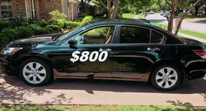 $8OO No mechanical problems 2OO9 Honda Accord Clean title. for Sale in Fresno, CA