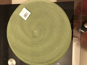 Round table mat for Sale in Rockville, MD
